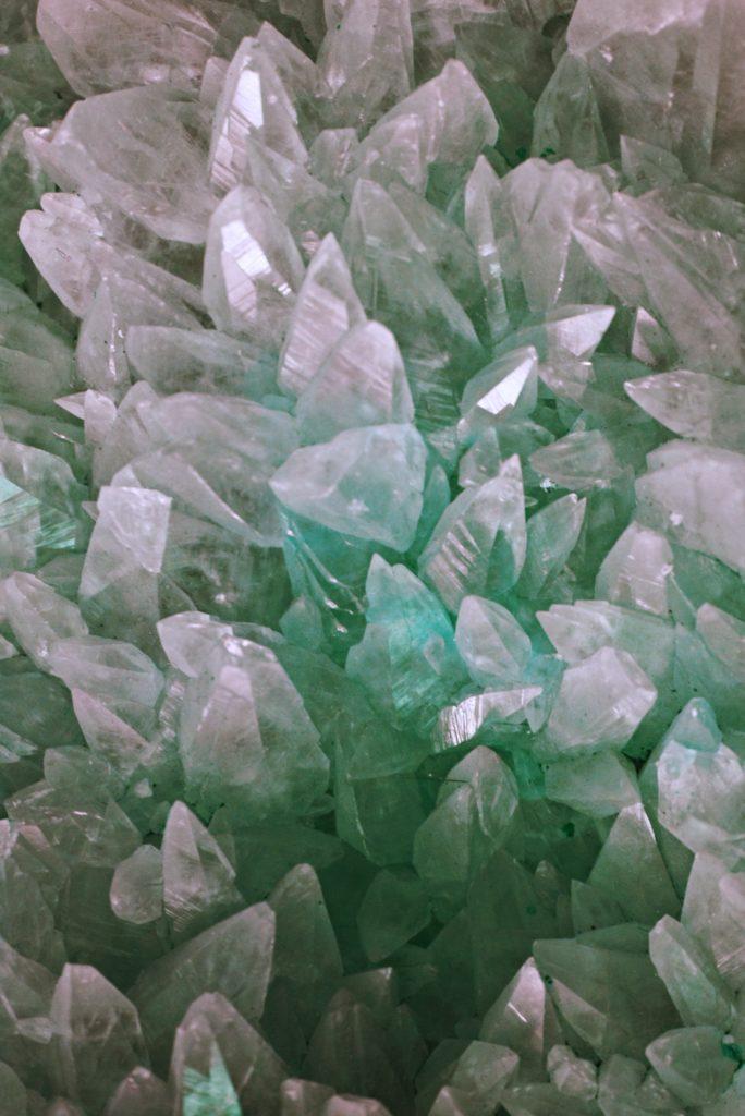 chakra healing crystals and stones