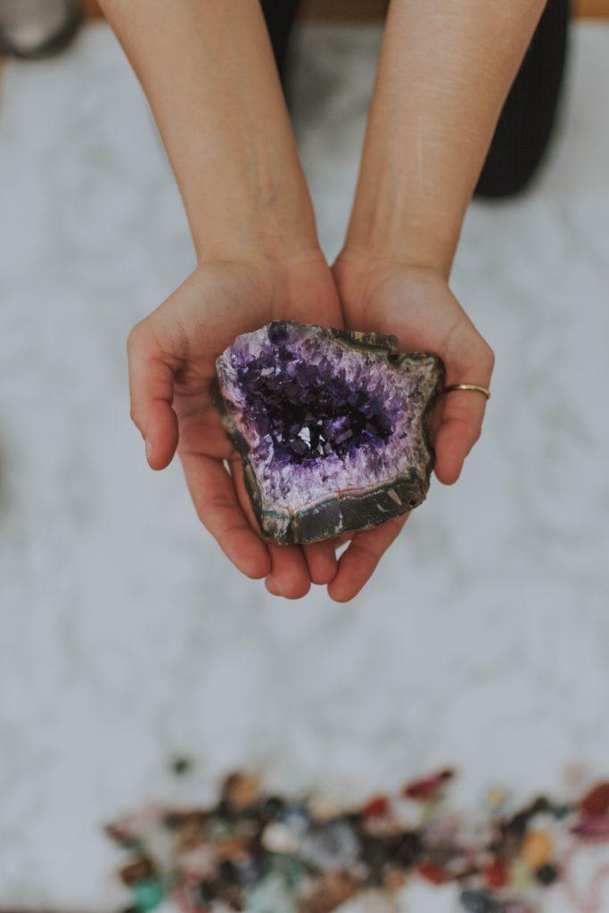 chakra healing stones and crystals